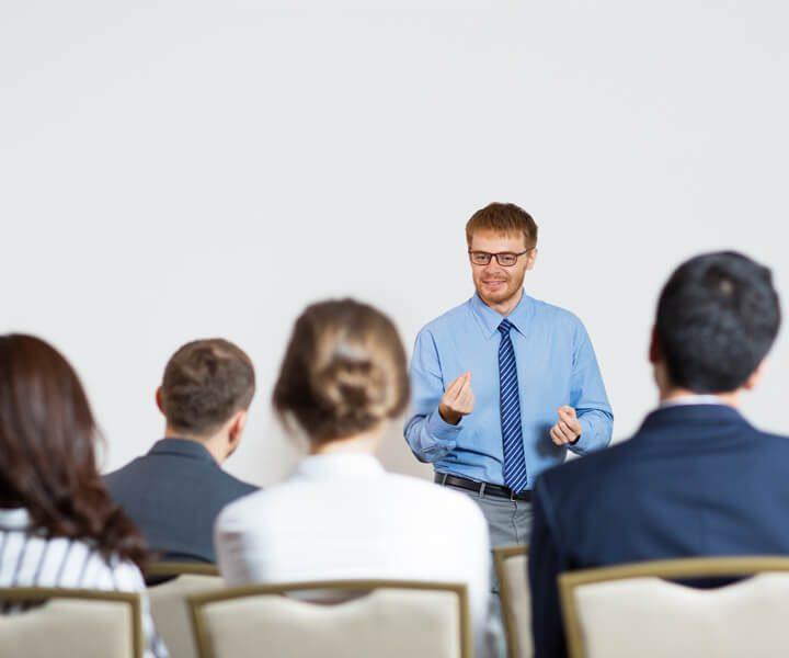 Tehnike za obvladovanje stresa v poslovnem okolju za vodje – delavnica z Dejanom Dinevskim